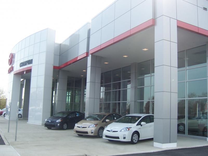 Sloane Toyota Glenside - Toyota, Service Center - Dealership Ratings